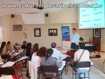 Palestra sobre Certificados Cambridge: Young Learners e TK