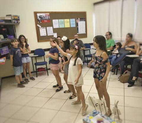 Atividade Kids 1 Centro (achievement day)